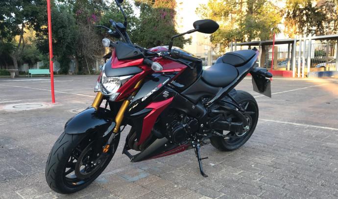 סוזוקי GSXS 1000