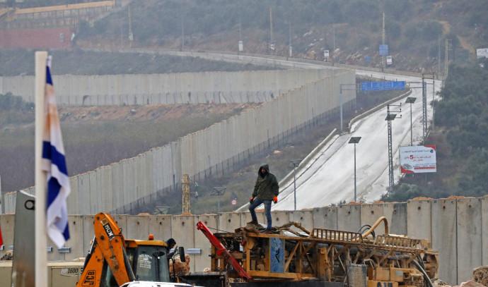 """פעילות צה""""ל לחשיפת מנהרות בגבול לבנון"""