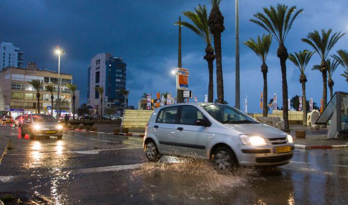 גשם בנתניה