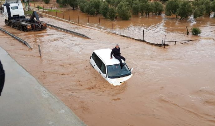 חילוץ הלכודים בנחל חילזון