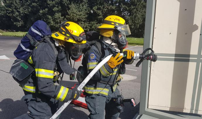 שריפה, מכבי אש אילוסטרציה