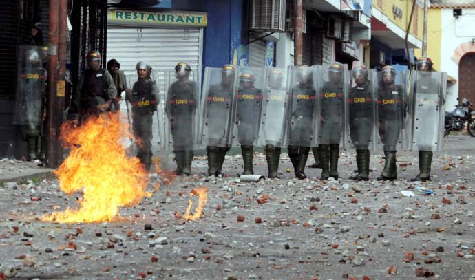 הפגנות בוונצואלה נגד הנשיא ניקולאס מדורו
