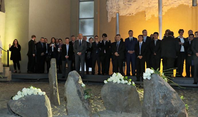 השגרירים בטקס יום השואה הבינלאומי