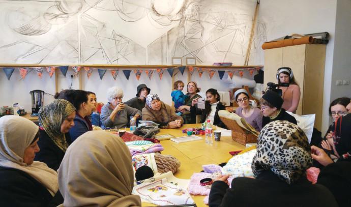 מפגים בין נשים יהודיות ומוסלמיות
