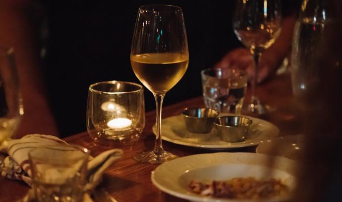 יין ואוכל