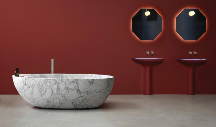 אמבטיה של המותג Antoniolupi ל-HeziBank