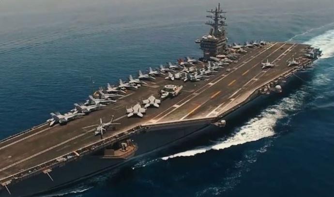 נושאת מטוסים אמריקאית במפרץ הפרסי