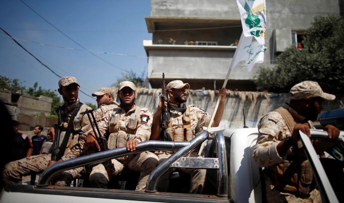 אנשי חמאס בהלוויית פעיל הארגון