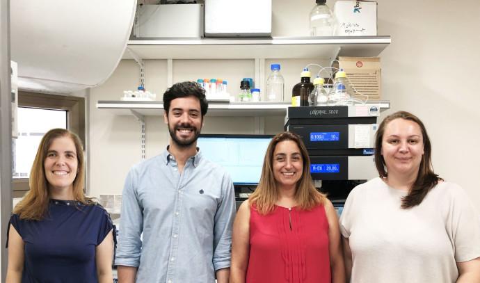 """צוות החוקרים (מימין לשמאל):  ד""""ר אנה סקומפרין, פרופ' רונית סצ'י-פאינרו, ד""""ר ג'ואוו קוניוט, פרופ' הלנ"""
