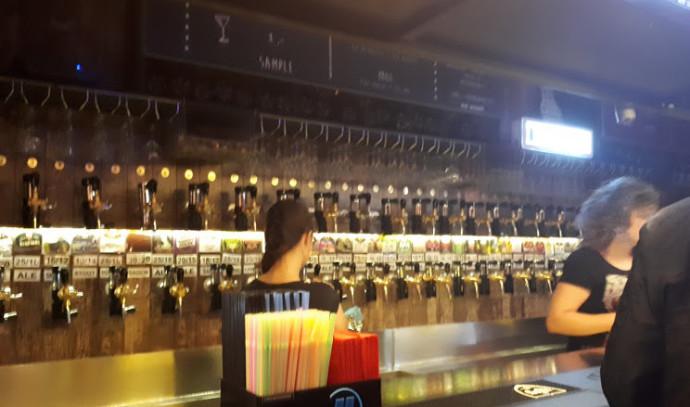 בר בירה pai paw וורשה