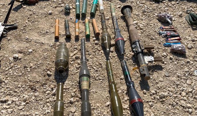 כלי הנשק שנמצאו על המחבלים שניסו לבצע פיגוע חדירה