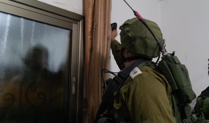 """כוחות צה""""ל ממפים את בתי החשודים ברצח דביר שורק ז""""ל"""
