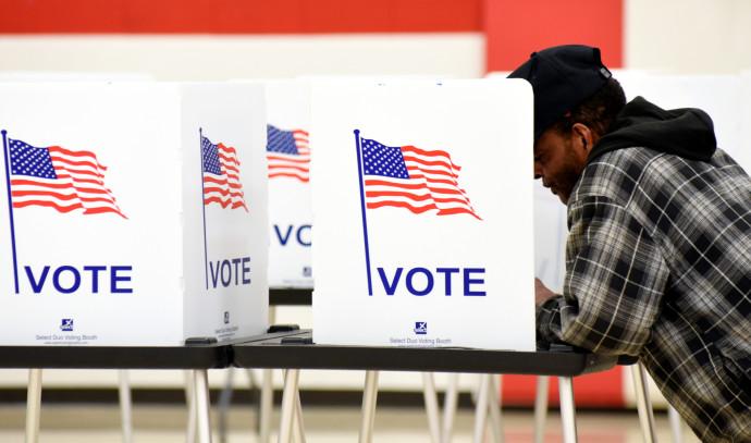 הצבעה בבחירות לנשיאות ארצות הברית, אילוסטרציה (למצולם אין קשר לנאמר בכתבה)