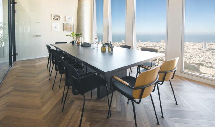 חדר ישיבות בצפון תל אביב