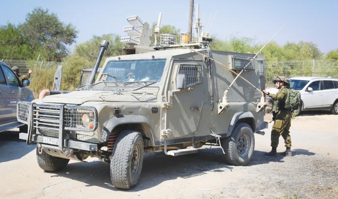 רכב צבאי בדרום