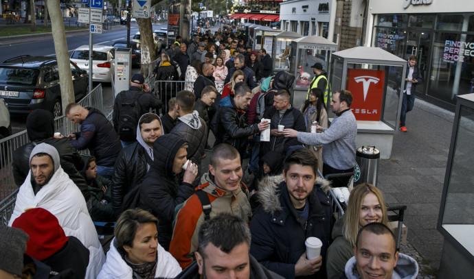 התור לרכישת אייפון 11 בברלין