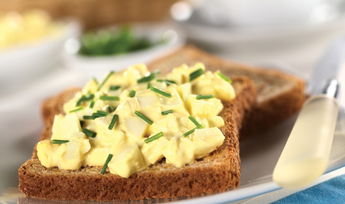 סלט ביצים