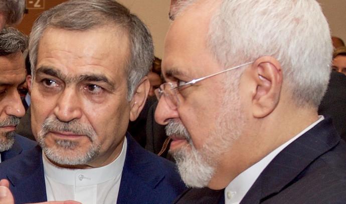 חוסיין פריידון (משמאל), מוחמד ג'וואד זריף