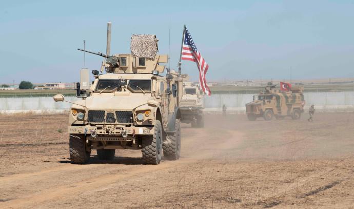 פטרול משותף של כוחות אמריקאים וטורקים בצפון סוריה