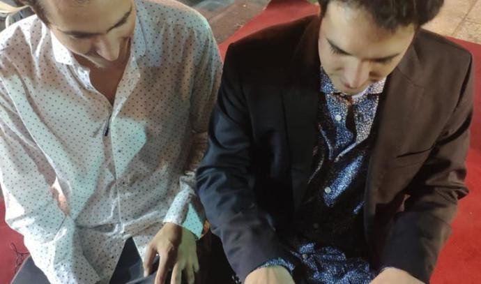 גיא מינטוס עם עמרי מור