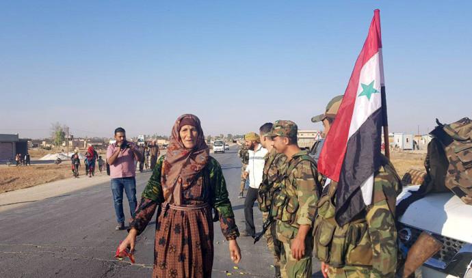 צבא סוריה נכנס לעיירה כורדית בצפון המדינה. צילום: רויטרס