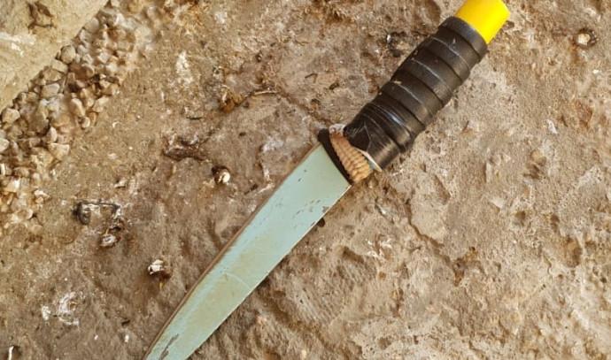 הסכין שנתפסה על המחבלת
