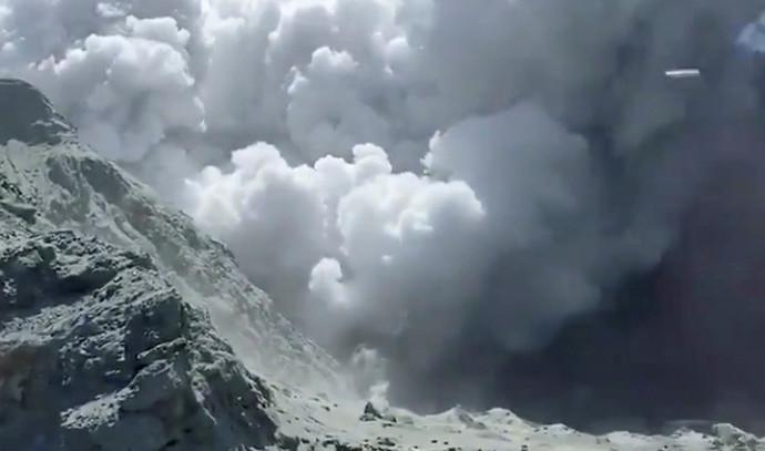 התפרצות הר געש בניו זילנד