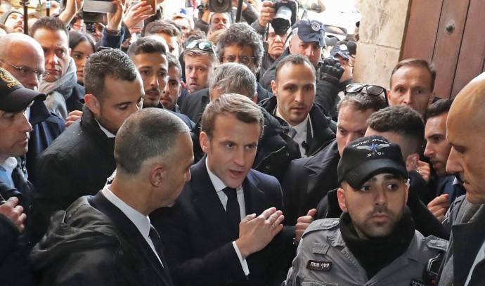 עמנואל מקרון מתעמת עם שוטרים בירושלים