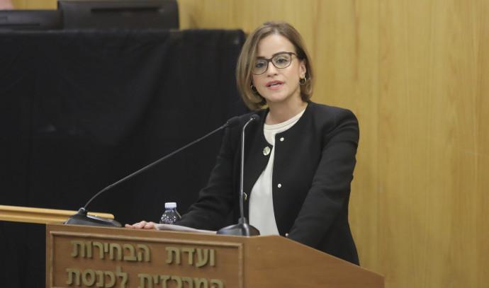 היבא יזבק בוועדת הבחירות. צילום: מארק ישראל סלם