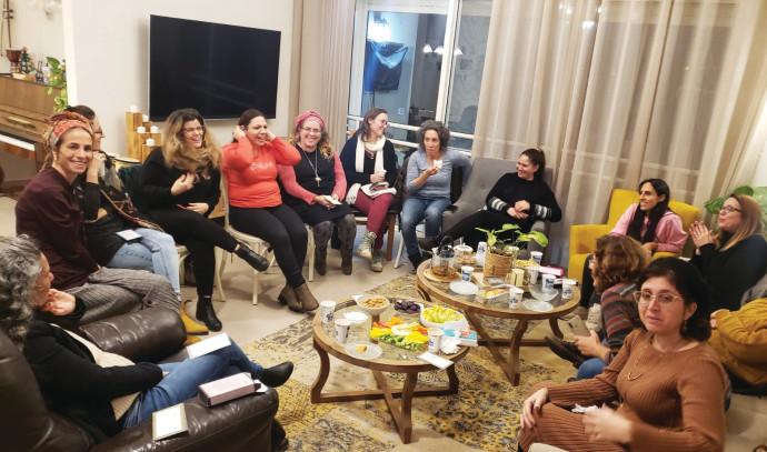 נשות תנועת קול האמהות