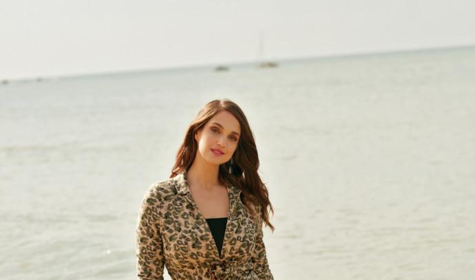 מרינה מקסימיליאן בלומין בקמפיין לקרייזי ליין