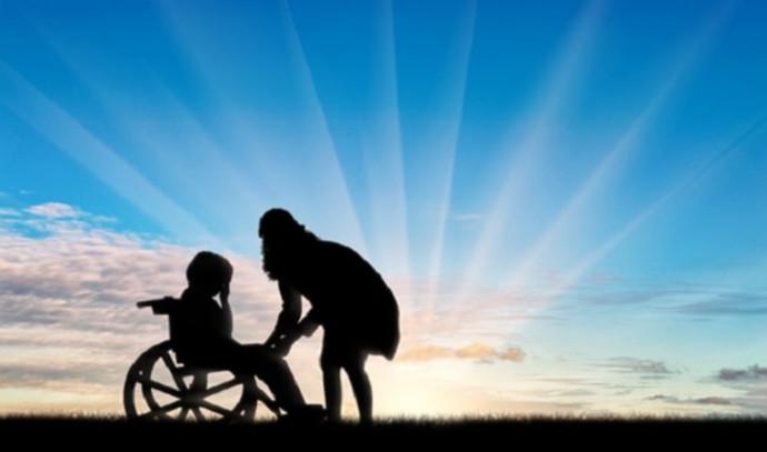 ילד בעל מוגבלות ואימו