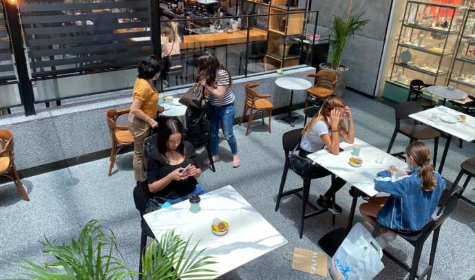 קורונה: מסעדה בקניון רמת אביב