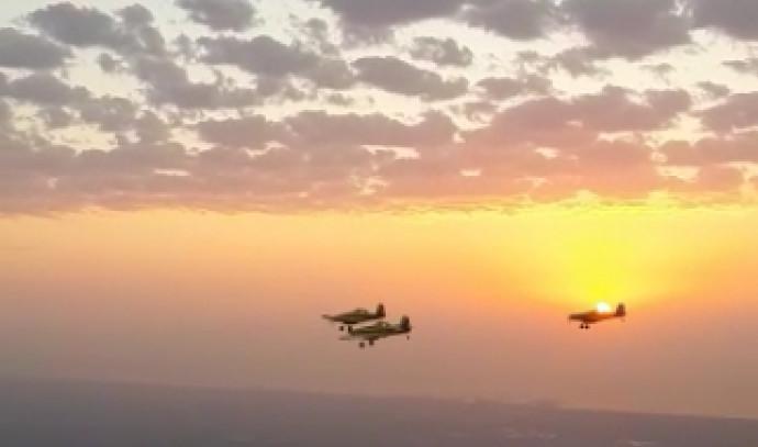 מטוסי כיבוי בדרכם לנוף גליל