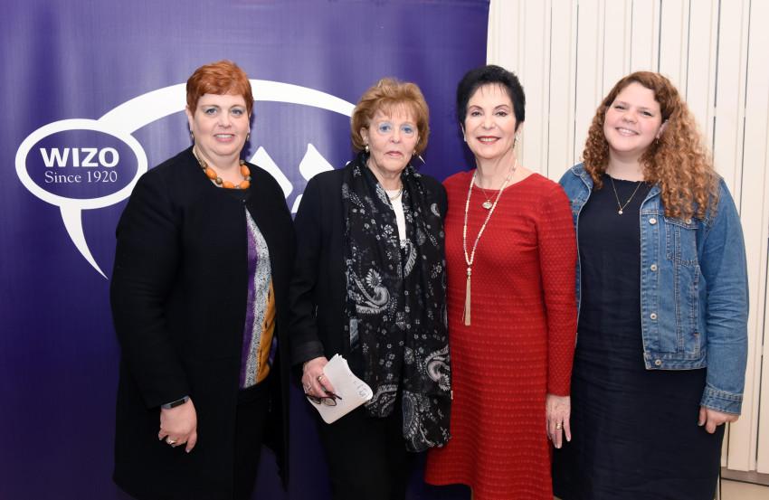 יובל אלון, רבקה לזובסקי, עדנה ארבל ושגית אלון (צילום: כפיר סיוון)