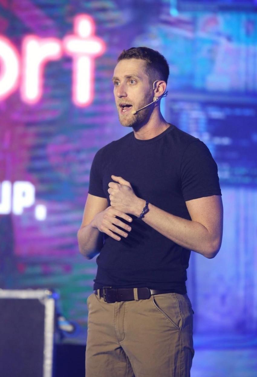 אסף רפפורט (צילום: נגה שדמי ואן דה ריפ)