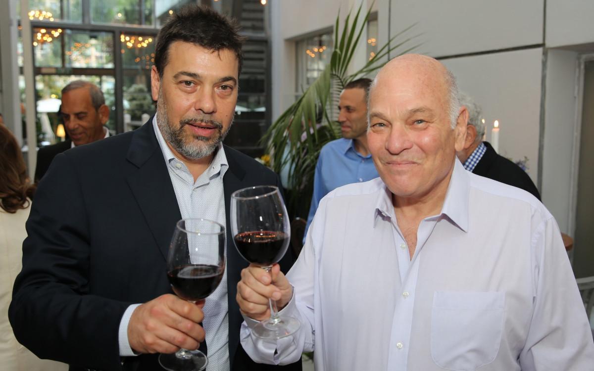 אהרון פוגל ודריו וורטהיין