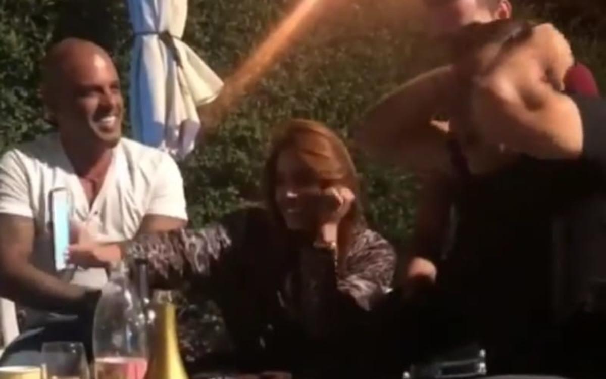 """אייל גולן<br />בילה בבית הוריה של <br />מתמודדת """"האח הגדול"""""""