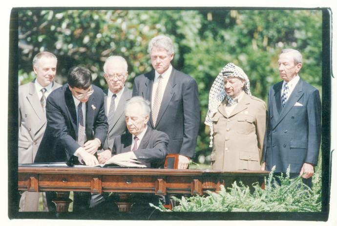 טקס חתימת הסכם אוסלו. צילום: ראובן קסטרו