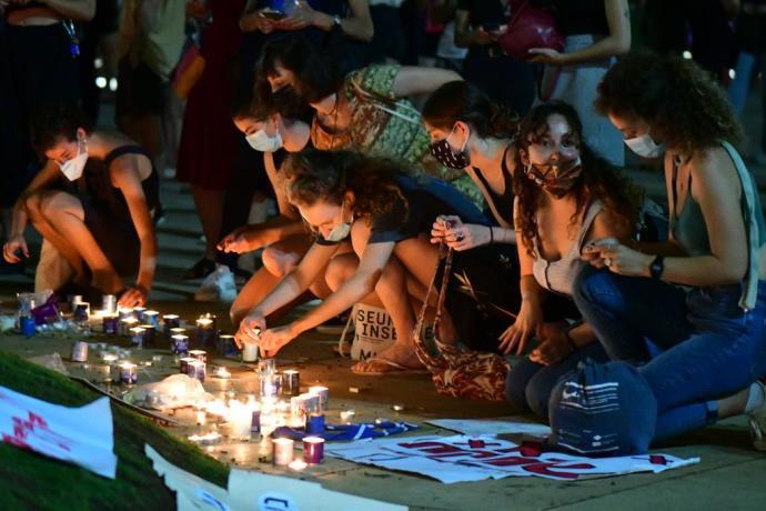 ההפגנה נגד רצח נשים בכיכר הבימה. צלם: אבשלום ששוני