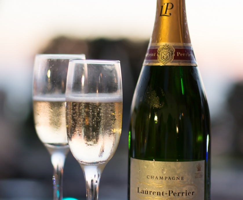 """מסתבר שחוץ מיינות, הצרפתים יודעים לייצר בצרפת עוד כמה סוגי אלכוהול לא רעים בכלל... (צילומים: יח""""צ)"""