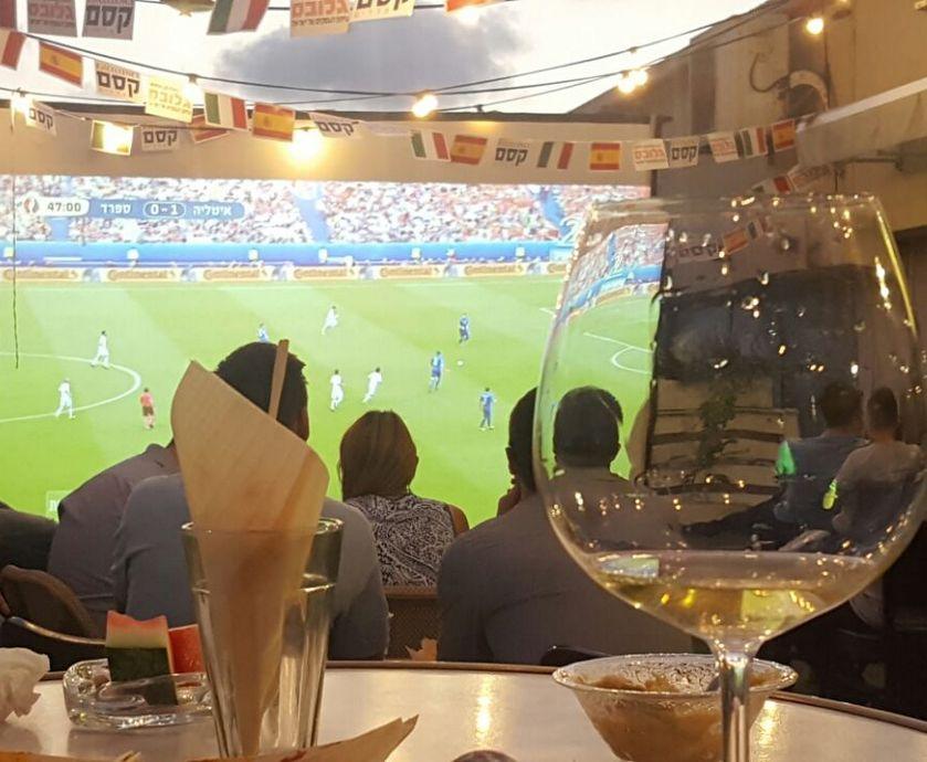 יין ספרדי מול איטלקי זה כמעט כמו שתי קבוצות חזקות באירופה שנלחמות על העפלה לשלב רבע הגמר...