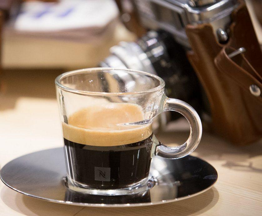 """להיות בריסטה - אין מה לעשות, את הקפה, בדיוק כמו האוכל, אתה בסוף שותה גם עם העיניים... (צילומים: יח""""צ, איתן וכסמן)"""