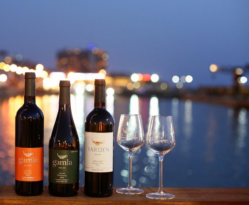 בר מארץ היין - 2013 מתגלה כבציר נפלאבענף היין הישראלי, והוא לא פסח גם על יין הדגל של רמת-הגולן (צלם:דרור סיתהכל)