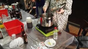 בירה ליום האישה הבינלאומי - אווירה ב - צלם גדי דבירי