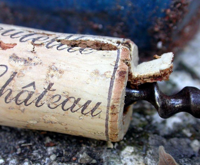 """אם לא אכלנו לכם מספיק את הראש על יין עד היום. אז עכשיו תשמעו משהו על פקקים... (צילומים: יח""""צ, freeimages.com)"""