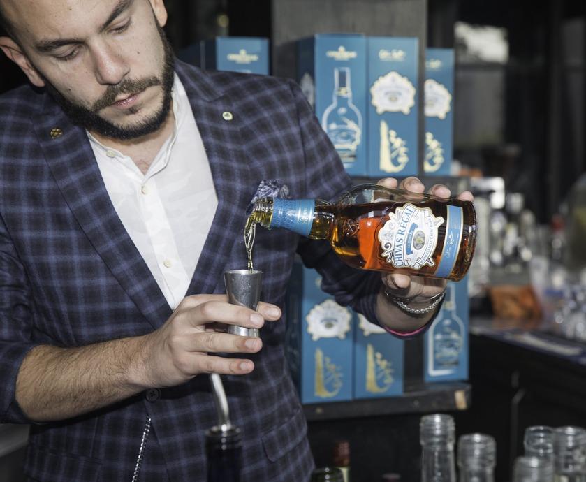 """שיבאס ריגאל מיזונארה - בכל שנייה נמכר בקבוק שיבאס ריגאל בלמעלה מ-150 מדינות שונות ברחבי העולם... (צילום: יח""""צ, שוקה כהן)"""