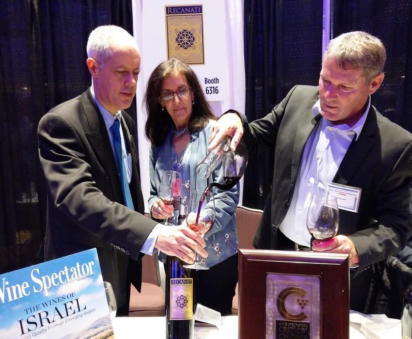 """ניו יורק וויין אקספיריאנס - יין ישראלי יכול להיות שגריר נהדר למדינת ישראל, במיוחד כשביין שזורים גם סיפורים מרתקים (צילום: יח""""צ)"""