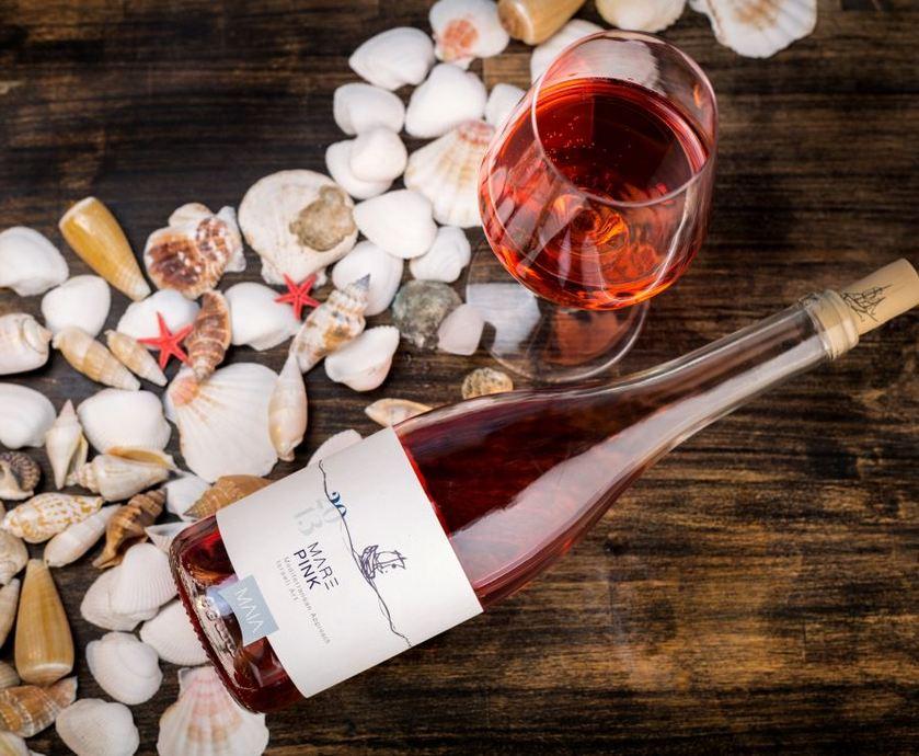 """יין ורוד לוולנטיינ'ס דיי - אם תשתו יינות רוזה – תתרגלו לשתות יותר יין, ולשתות יותר יין זה תמיד טוב… (צילומים: אורי שדה, יח""""צ)"""