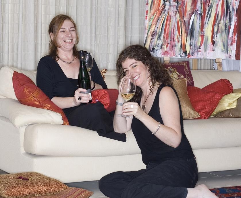 יינות מ-7 ארצות, 54 אזורים, 100 יצרנים, 36 זנים לבנים ו-26 אדומים (צילומים: דודי מוסקוביץ', מיכל לויט)